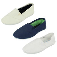BOYS CANVAS SLIP ON SHOES BY JCDEES N1051 Retail Price £6.99
