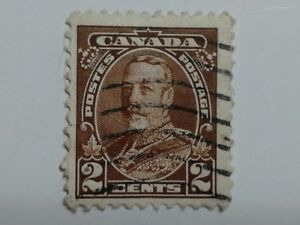 2 x Canada Stamps - 2 Cents & 3 Cents