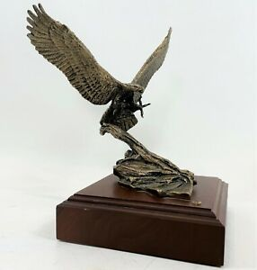 RARE 1985 WALLY SHOOP Cast Bronze Attacking Bald Eagle Art Sculpture # 512 /2500