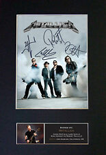 METALLICA - MEMORABILIA - Collectors Signed Photo + FREE WORLDWIDE SHIPPING