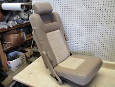 03-06 2005 FORD EXPEDITION REAR MIDDLE SECOND ROW SEAT W/ HEADREST LEATHER OEM