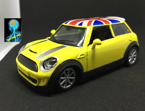 MINI  Cooper Pull Back 1:36 Scale Die Cast Model Toy Car yellow Divine UK