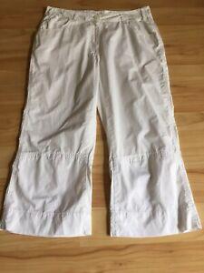 "Cecil Womens White ""Halley"" Cotton Straightleg Capri Shorts Size 12 EUC"
