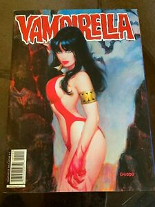 VAMPIRELLA Comics Magazine #5 Virgin Cover! Fantastic Condition!