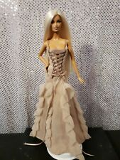 VERSACE COUTURE MODEL MUSE BARBIE DOLL 2004 GOLD LABEL