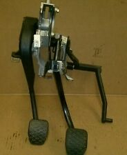 1998 BMW 528i E39 ~ CLUTCH / BRAKE LEVER PEDAL ASSEMBLY ~ OEM PART