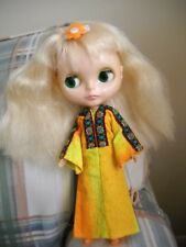 1972 ORIGINAL VINTAGE PLATINUM BLONDE BLYTHE DOLL-MINT CONDITION!!
