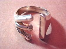 Gorgeous STERLING Silver .925 Fashion Ring Size 7.5 Fine Jewelry NR #T636