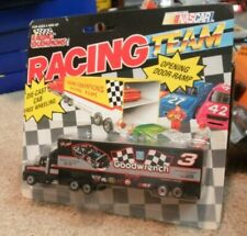 1992 DALE EARNHARDT 1/87TH GM GOODWRENCH TRANSPORTER RACING CHAMPIONS