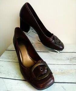Clarks Original Size 6 Burgundy Low Block Heel Buckle