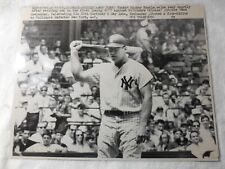 RARE 1967 AUTHENTIC TYPE 3 PHOTOGRAPH OF MICKEY MANTLE