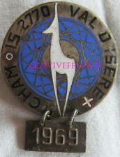 SK2263 - INSIGNE CHAMOIS VAL D'ISERE 1969 - MOTO - MONTAGNE