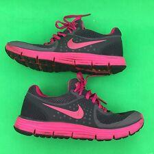 NIKE LUHARSWIFT 4  women's fashion running walking mesh shoes size--7