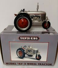 1/16 SpecCast 2005 Silver King 42 Tricycle 3 Wheel Farm Tractor w/ Box RESIN