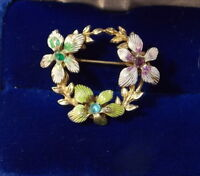 Vintage 1950's Enamel Flower Wreath Brooch Rhinestone Gold tone Pin 4d 56