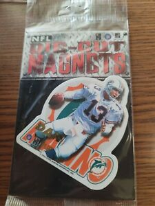 Lot of 50 Dan Marino Dolphins NFL FOOTBALL 1996 die cut MAGNETS NEW SEALED