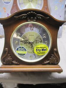 Rhythm CRH214UR06 Wsm Versailles ll Wooden Musical Clock NEW