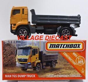 2018 Matchbox Power Grabs #31 MAN TGS Dump Truck LIGHT ORANGE / MIB
