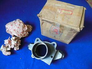 NOS BMC Mowog Left Hand Swivel Hub Austin MG 1100 1300 America BTA923