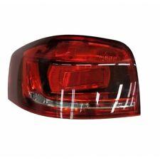 Audi A3 3 porte 7/2008-7/2012 Gruppo ottico posteriore rosso sfondo scuro sx