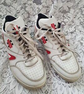 Gray Nicolls cricket shoes size 9.5  28cm