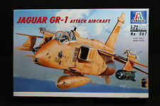 XX145 ITALERI 1/72 maquette avion 067 Jaguar GR-1 Attack Aircraft France 1996