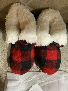 Pottery Barn Faux Fur Slippers new Size 6 7 Buffalo Plaid Red Black