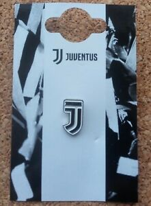 Juventus FC Football Badge (Official Merchandise) - FREE POSTAGE!