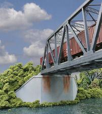 Walthers Cornerstone HO Scale Double-Track Railroad Bridge Concrete Abutment (2)