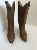 Tony Lama Women's Brown Cowboy Western boots SIZE 7M Pointed Toe