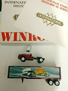 VINTAGE WINROSS 1/64 TRACTOR TRUCK  & Trailer International Harvester Vintage