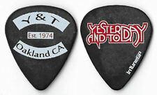 Y & T color/black tour guitar pick