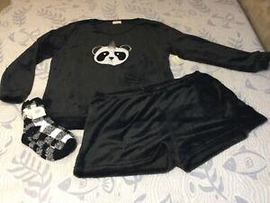 NWT Women's Bobbie Brooks Fuzzy Pajama Sleep Set Size 3X & Fuzzy Socks