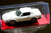 ORIGINAL 1975 DINKY MECCANO 211 TRIUMPH TR 7  WITH CLEAR MODEL DISPLAY BOX