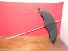 Superbe ancienne ombrelle de poupée, pliante, manche sculpté