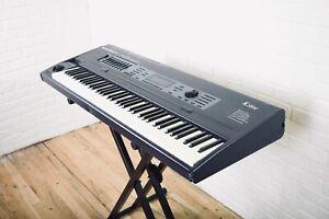 Kurzweil K2600 workstation keyboard in good condition