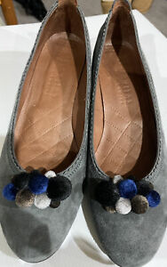 Beautiful Like New Grey Suede Cooked Pom-poms  HISPANITAS Heels Size 41EUC $290