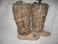 NEW LOOK WOMENS BROWN ZIP FAUX SUEDE LOW HEEL UPPER CALF BOOTS SIZE:5/38(WB1176)
