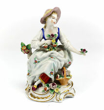 Porzellan-Figuren mit Frauen-Motiv