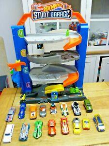 Hot Wheels Stunt City Garage 4 Tier Garage with 16 Mattel Hotwheel cars