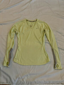 Nike Dri Fit Womens Fitted Long Sleeve Workout Shirt - Size M