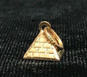 NEW 9ct Yellow Gold Pyramid Charm 3D Egypt Travel 9K Pendant 375 Ancient Wonder