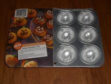 WILTON PETITE PUMPKIN CAKE PAN NIP Jack-o-lanterns