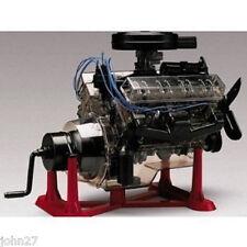 NEW Revell Visible V-8 Engine 1:4 Big Scale Model Kit NEW