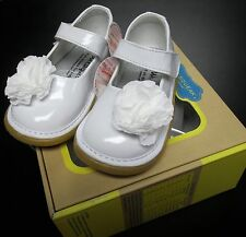 NEW WEE SQUEAK WHITE MARY JANE SHOES W/WHITE FLOWER SZ 9