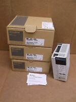 MR-J2S-40CL Mitsubishi NEW In Box Servo Motor Amplifier Drive MRJ2S40CL
