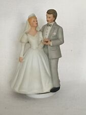 Vintage 1980's Porcelean Bride And Groom Figurine Rotational Music Box 7� Tall