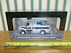Case Construction International Durastar Service Truck By First Gear 1/50th