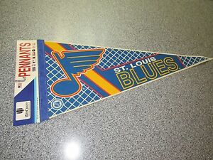 BRAND NEW VINTAGE WINCRAFT ST. LOUIS BLUES PENNANT NHL  MADE IN USA