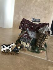Boyds Bears Bearly-Built Villages The Moosteins Dairy Barn #19050 Resin 2E Euc�